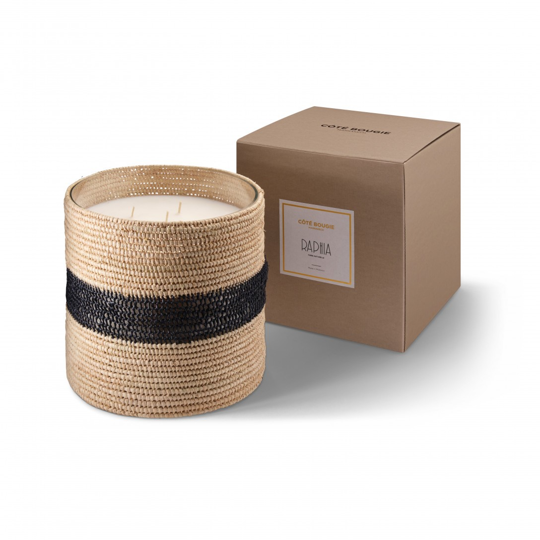 Zayna big scented candle from the raffia collection XLarge size with packaging box