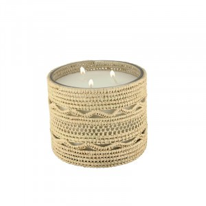 Dina scented candle from the raffia collection Medium size