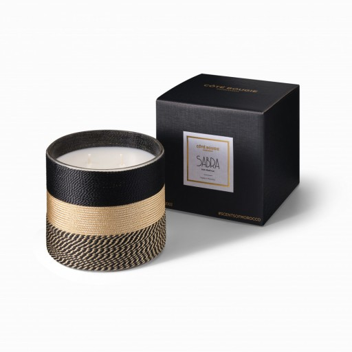 Nelia scented candle natural from the Sabra collection Medium size with black packaging box