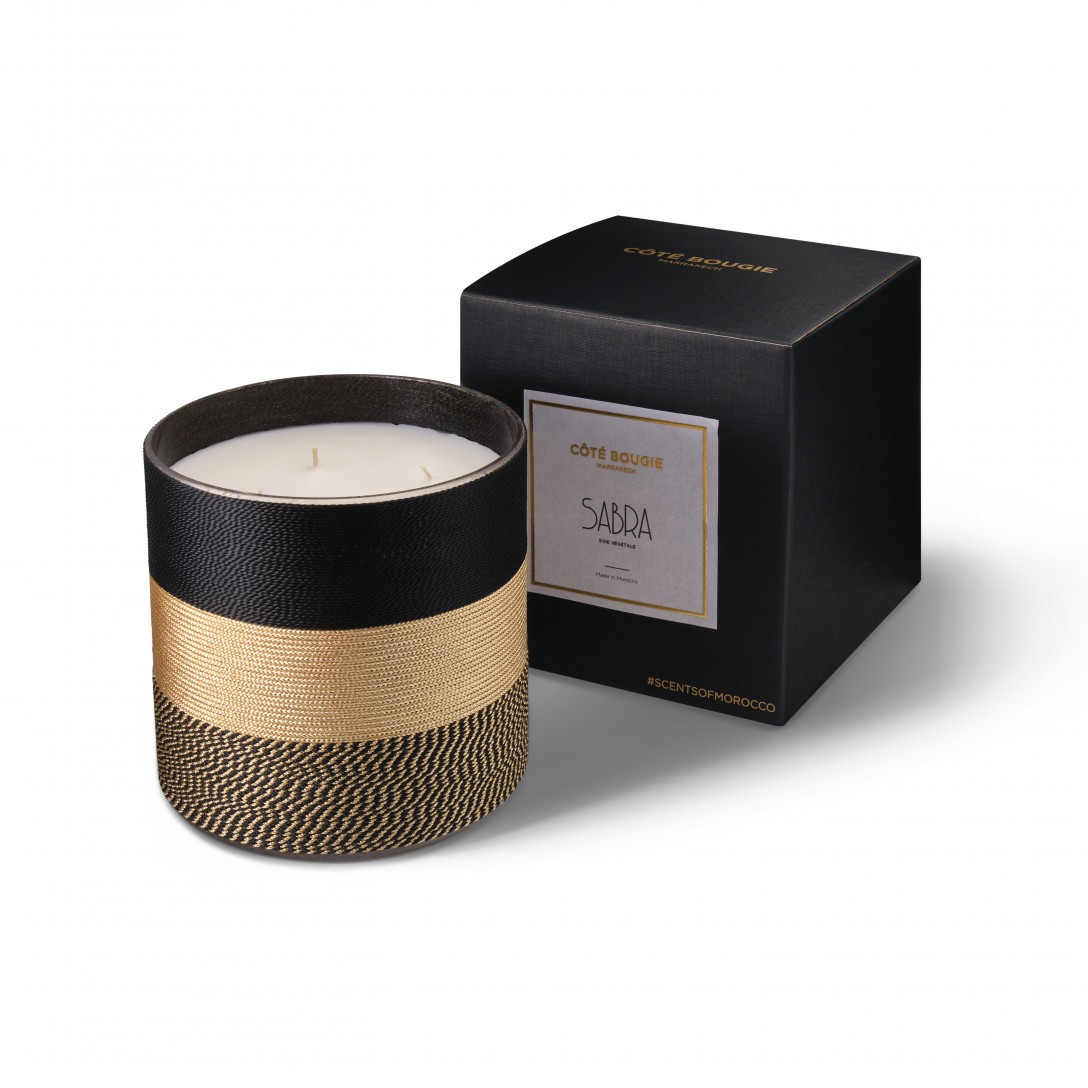 Nelia scented candle natural from the Sabra collection Large size with black packaging box