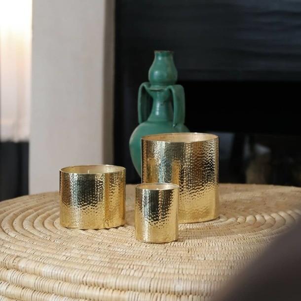 Capsule de Noël 🎅 Collection Dinanderie 💫 Parfum Forêt de Sapins 🌲🌲 Www.cotebougie.ma  Www.cotebougie.com